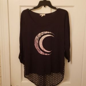 Black Top 3/4 Sleeve with Moon